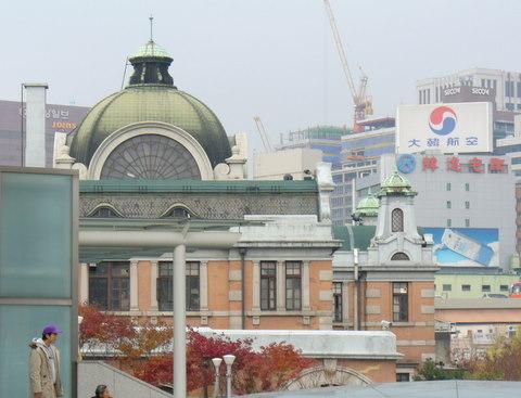 旧ソウル駅 旧ソウル駅の様子 (2003年) 雪が降った後のソウル駅。 (2008... アジア