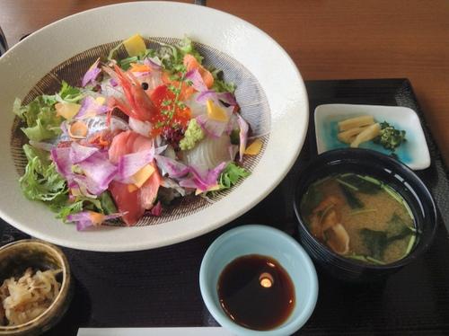 マリーナ地魚海鮮丼